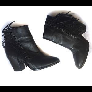 Aldo Linsey Leather fringe booties size 8